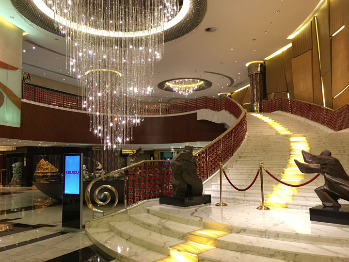 Grand Lisboa Review 2016 Grand Staircase