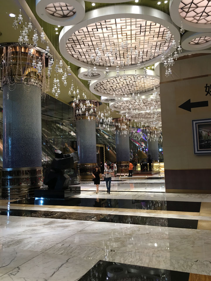 Grand Lisboa Review 2016 Lobby