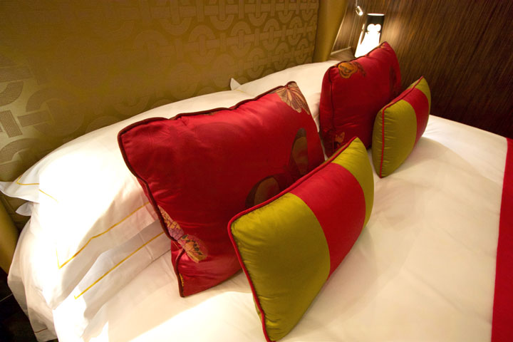 Grand Lisboa Review 2016 Pillows