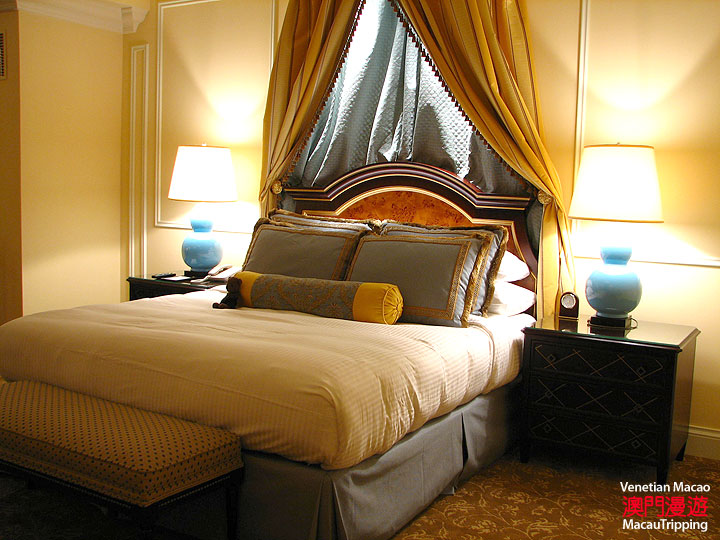 Venetian Macao Review : Bed