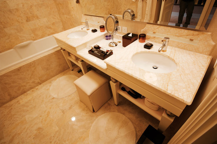 Wynn Macau Hotel Review 2016 Sinks