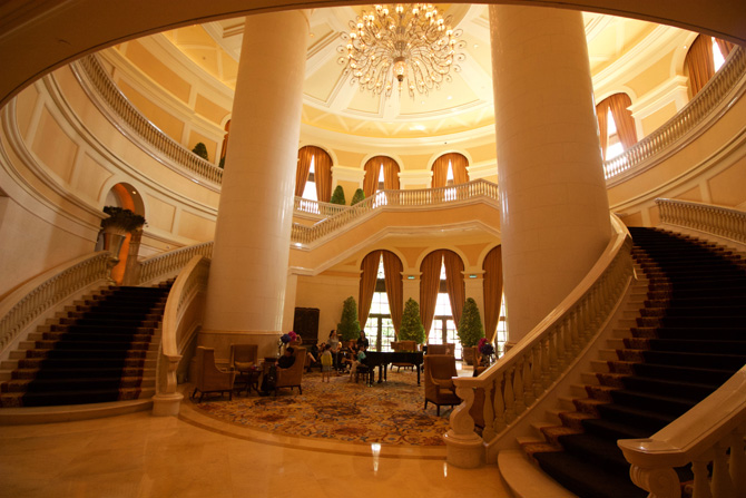 Four Seasons Macao Lobby