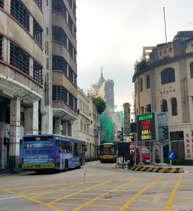 Walk To Grand Lisboa From Sofitel Ponte 16